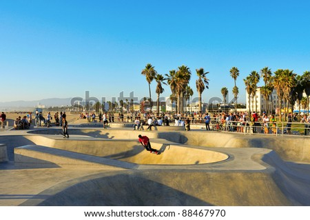 VENICE, US - OCTOBER 16: Skatepark of Venice Beach on October 16, 2011 in Venice, US. This skatepark, with pool, ramps, stair set and flow bowls, celebrated its second anniversary on October 3, 2011 - stock photo