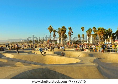 VENICE, US - OCTOBER 17: Skatepark of Venice Beach on October 17, 2011 in Venice, US. This skatepark, with pool, ramps, stair set and flow bowls, celebrated its second anniversary on October 3, 2011 - stock photo