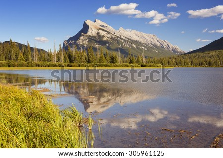 Vermilion Lakes and Mount Rundle in Banff National Park, Canada.