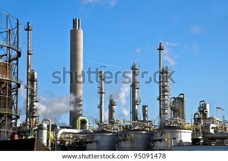 Vessels and columns in a chemical plant
