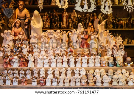 VIENNA, AUSTRIA   JANUARY 03, 2016: Christmas Market At Schonbrunn Palace.  Shop