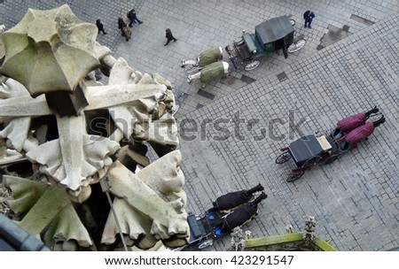 Vienna - looking down on horse carts in front of the cathedral