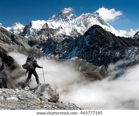 View of Everest from Gokyo with tourist on the way to Everest - Nepal