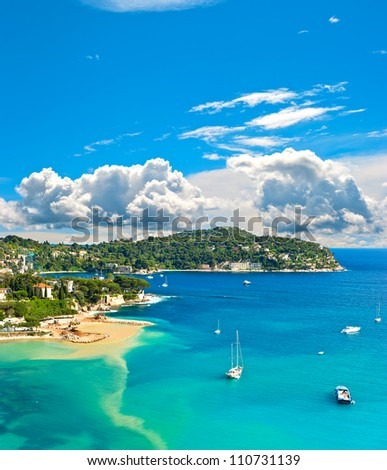 View of luxury resort and bay of cote d 39 azur villefranche for Blue piscine colmar