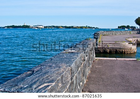 view of Suomenlinna from the promenade of Helsinki
