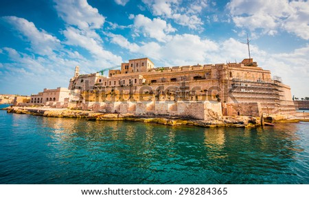 view on Fort Saint Angelo of Birgu in Malta from the sea
