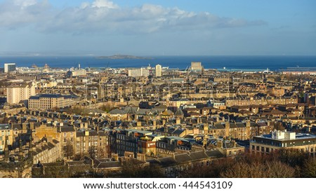 View to the Old Town of Edinburgh in Scotland