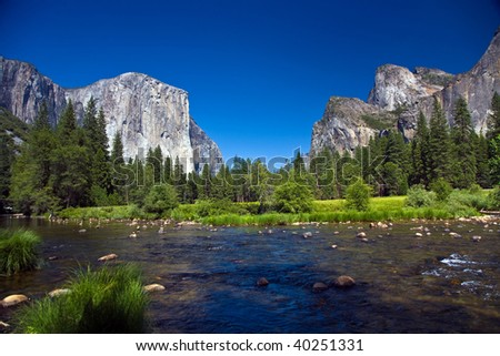 view to western rocket plateau of yosemite national park seen from beautiful Merced river  horizont