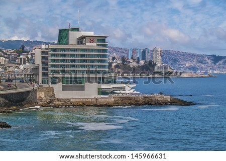 VINA DEL MAR, CHILE - FEBRUARY 12: Sheraton Miramar hotel on the Pacific Ocean coastline on February 12, 2011 in Vina del Mar, CHile. 5 star. 142 rooms and suits, 10 events halls. - stock photo