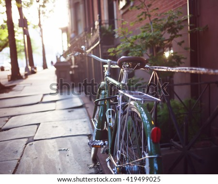 Vintage Bicycle in Brooklyn Heights - stock photo