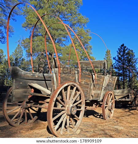 Vintage wagon of the American pioneer days - stock photo