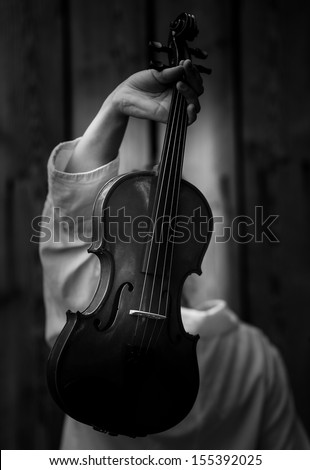 violin black and white photography