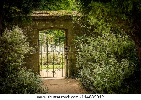 Garden Gate Stock Images Royalty Free Images Vectors Shutterstock