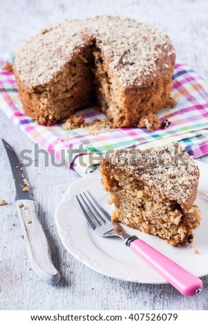 walnut and carrot cake