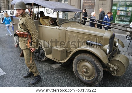 the beginning of the first world war with the german invasion of poland German troops parade through warsaw after the invasion of poland  and upper silesia under the treaty of versailles after world war  poland remained under german.