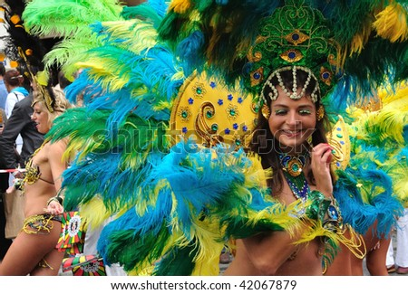 WARSAW - SEPTEMBER 5: Participants in the Carnival Parade - Bom Dia Brasil. September 5, 2009 in Warsaw, Poland. - stock photo