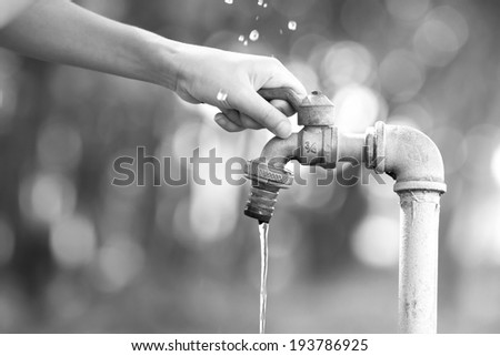 Washing hands , Water for the World Economy