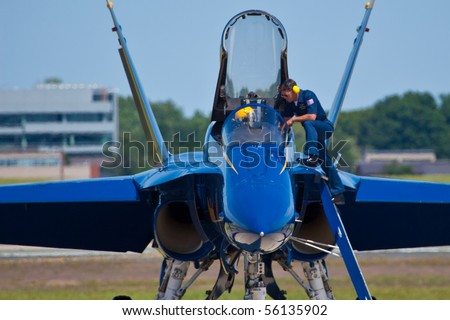 WASHINGTON DC, ANDREWS AFB-MAY 15: US Navy Demonstration Squadron Blue angels, flying on Boeing F/A-18 showing precision of flying and the highest level of pilot skills. Washington DC, May 15, 2010 - stock photo