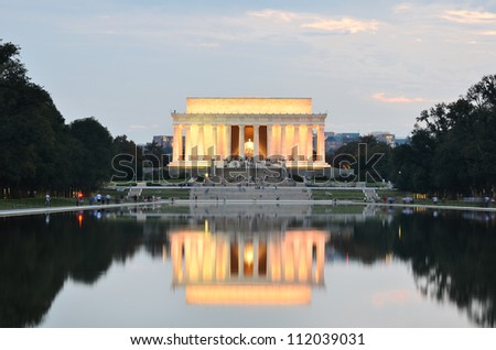 Washington DC, Lincoln memorial and its water reflection