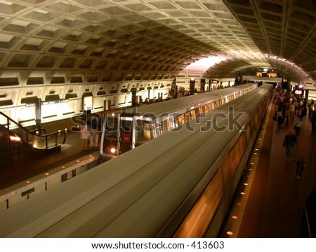 washington DC metro system transportation underground subway rush hour