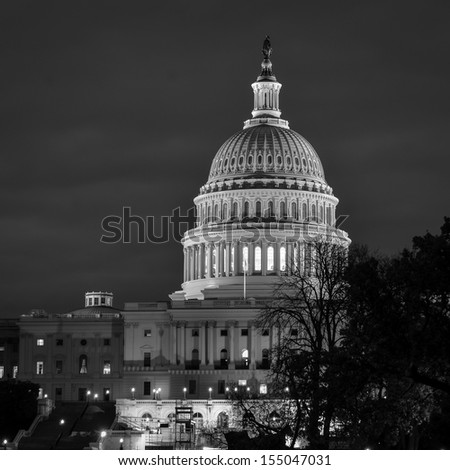 Washington DC, US Capitol at night