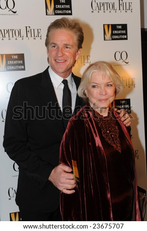 WASHINGTON - JANUARY 20: Actor Matthew Modine and actress Ellen Burstyn at the Creative Coalition dinner on behalf of the presidential inauguration on January 20, 2009 in Washington. - stock photo