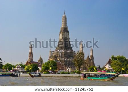 Wat Arun, The Temple of Dawn,  Bangkok, Thailandia. - stock photo