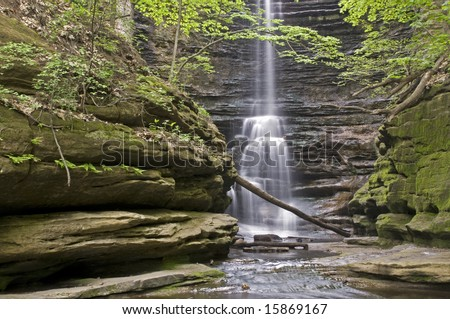 Water Fall - Lake Falls In The Canyon At Matthiessen State Park In Utica Illinois - stock photo