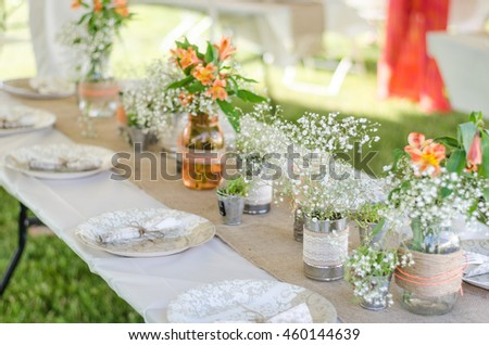 Center piece stock images royalty free images vectors wedding place settings with flowers burlap and plates backyard do it yourself wedding solutioingenieria Gallery