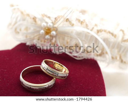 wedding rings and garter
