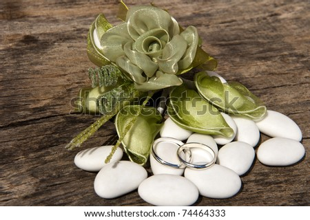 weeding Favors ,wedding rings and candy  for weddings - stock photo