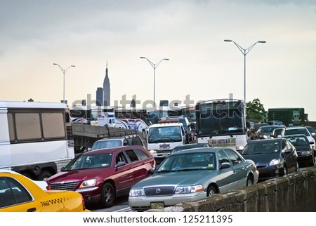 WEEHAWKEN, NEW JERSEY/USA - JUNE 22: A traffic jam on the Helix leading to the Lincon Tunnel on June 22, 2012 in Weehawken, NJ. Plans are underway for reconstruction of the 70 year old highway.