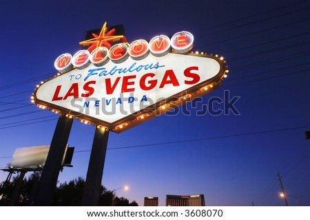Welcome to Las Vegas sign at twilight