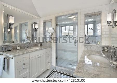 White upscale master bath - stock photo