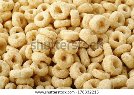 Whole grain rings cereal