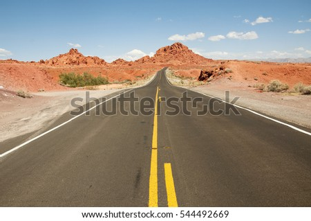 Wide road in the USA, Fire Valley
