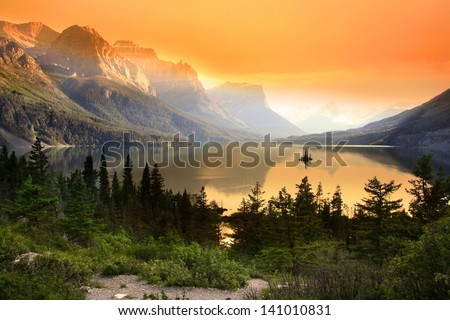 Wild goose island in Glacier national park - stock photo