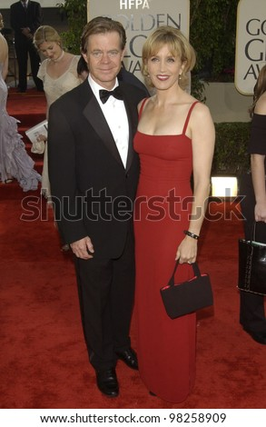 WILLIAM H. MACY & wife Felicity Huffman at the Golden Globe Awards at the Beverly Hills Hilton Hotel. 19JAN2003.  Paul Smith / Featureflash - stock photo