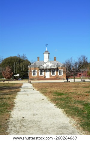 WILLIAMSBURG, VIRGINIA - NOVEMBER 19 2014: The Courthouse on Duke of Gloucester Street in Colonial Williamsburg. The restored town is a living-history museum and a major attraction for tourist.