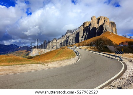 Winding road in the Sasso Lungo, Dolomites, Italy, Europe