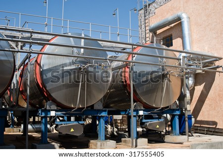 Wine Factory: Tanks, Pipes and Pumps