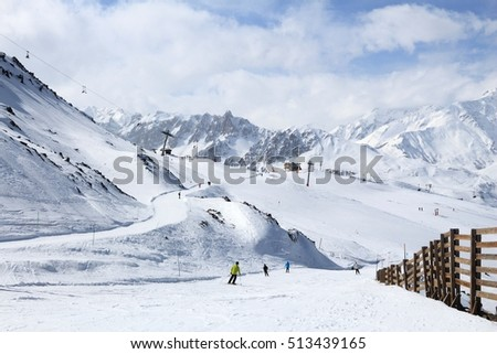 Winter in French Alps - skiing in Valmeinier-Valloire skiing station.