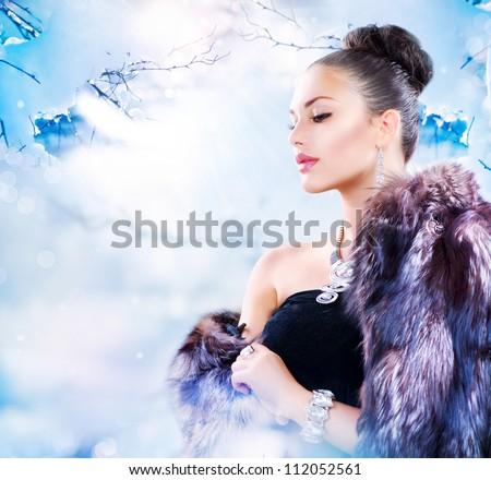 Winter Woman in Luxury Fur Coat - stock photo