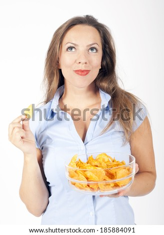 woman eats chips