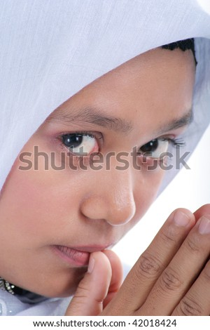 woman in muslim dress
