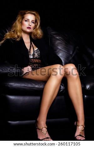 Krpersprache einer Frau deuten - Flirtfachmann