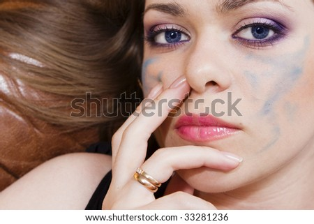 woman with a bright make-up