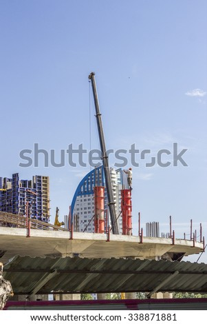 Working poured concrete pile, the construction of new buildings in the city