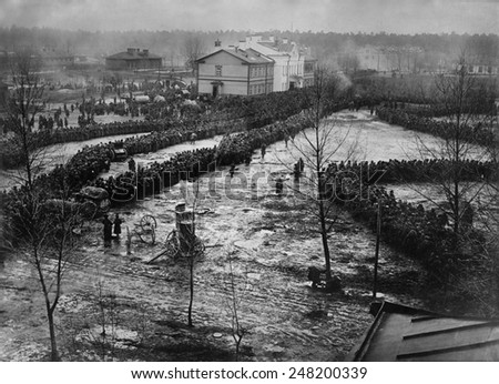 World War 1. 15,000 Russian prisoners taken by the German Eighth Army at the Battle of Augustov fought from October 1-9, 1914. It was the last battle of the Tannenberg campaign. - stock photo