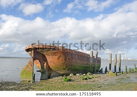 Wreck of the Tug Boat Waterloo, beside the River Medway. Tugs of this type were used to haul barges of coal on the Aire and Calder Navigation to Goole.  They were known as Tom Puddings. - stock photo